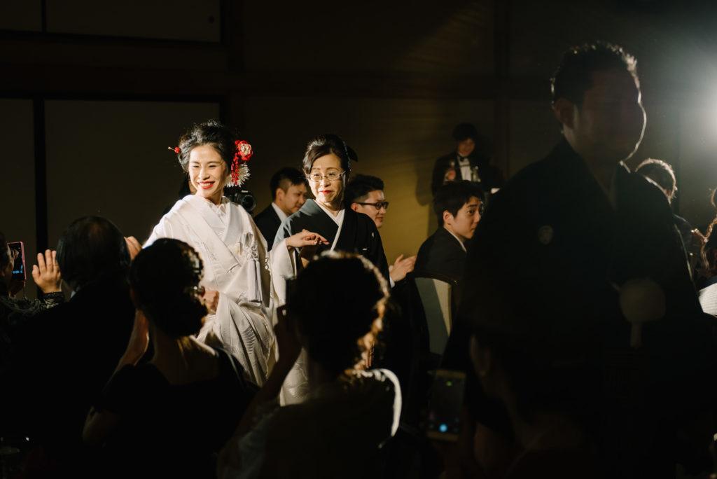 結婚式 披露宴入場 持ち込みカメラマン