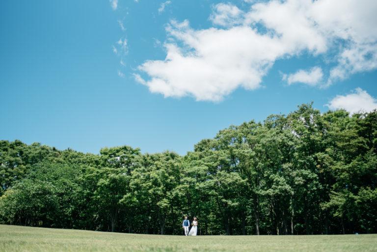 前撮り 公園 ウェディングドレス
