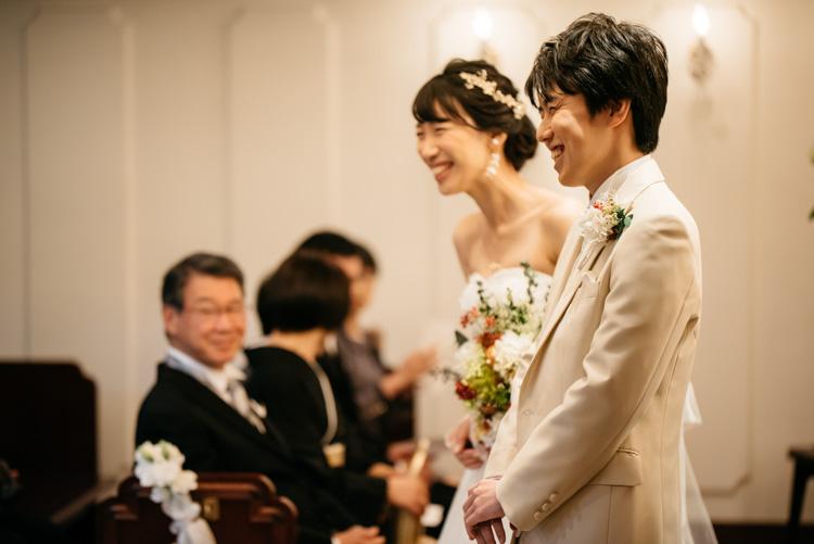 青山エリュシオンハウス 結婚式の外注持ち込みカメラマン 笑顔のふたり