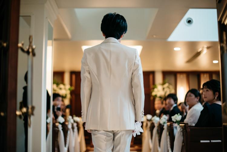 青山エリュシオンハウス 結婚式の外注持ち込みカメラマン 新郎入場