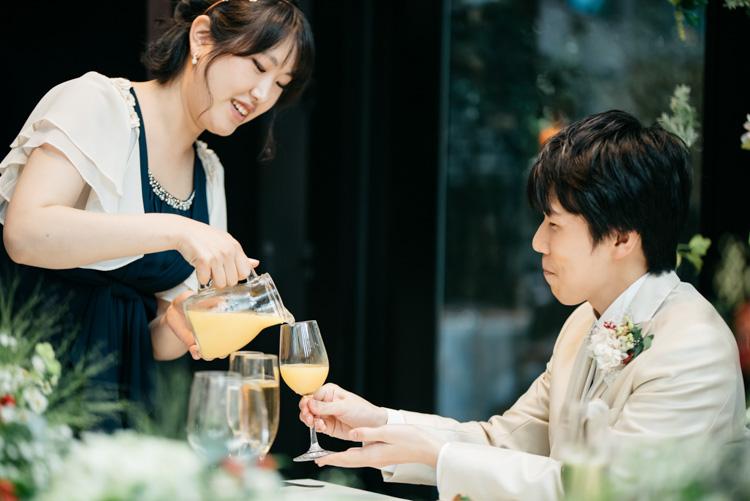 青山エリュシオンハウス 結婚式の外注持ち込みカメラマン オレンジジュース2