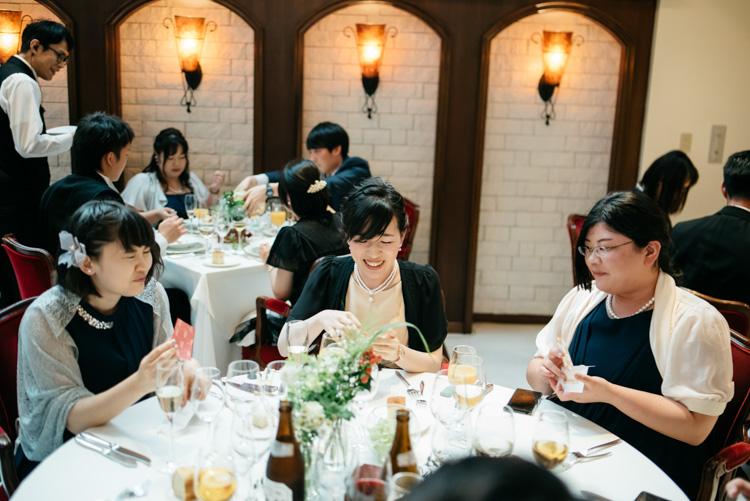 青山エリュシオンハウス 結婚式の外注持ち込みカメラマン 喜ぶゲスト