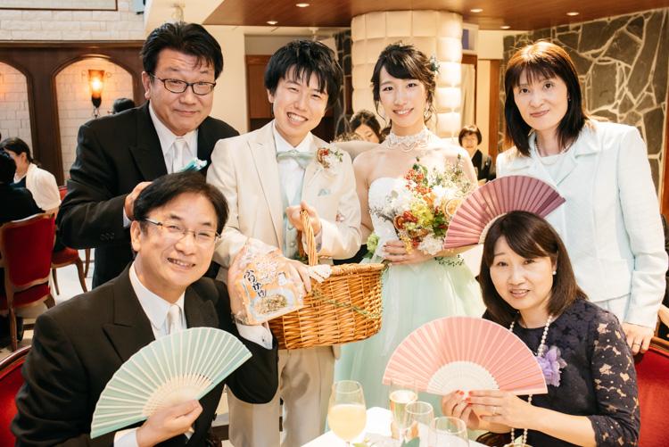 青山エリュシオンハウス 結婚式の外注持ち込みカメラマン テーブルフォト