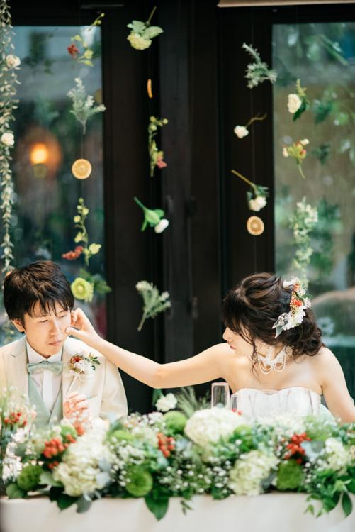 青山エリュシオンハウス 結婚式の外注持ち込みカメラマン 新郎のほっぺ