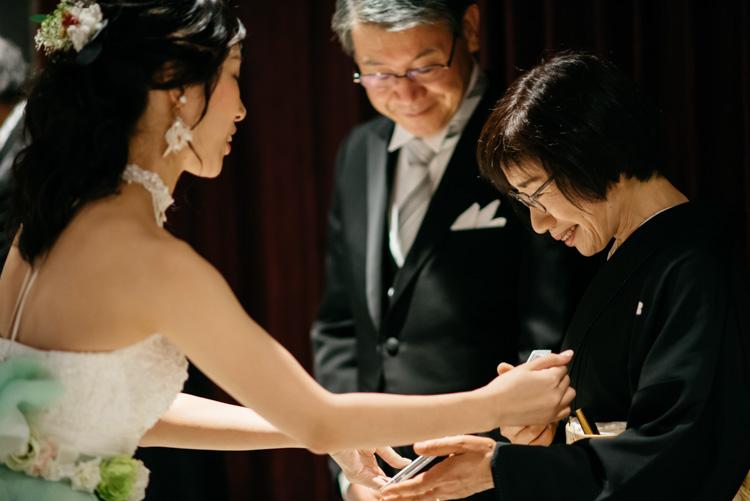 青山エリュシオンハウス 結婚式の外注持ち込みカメラマン お母さんへ