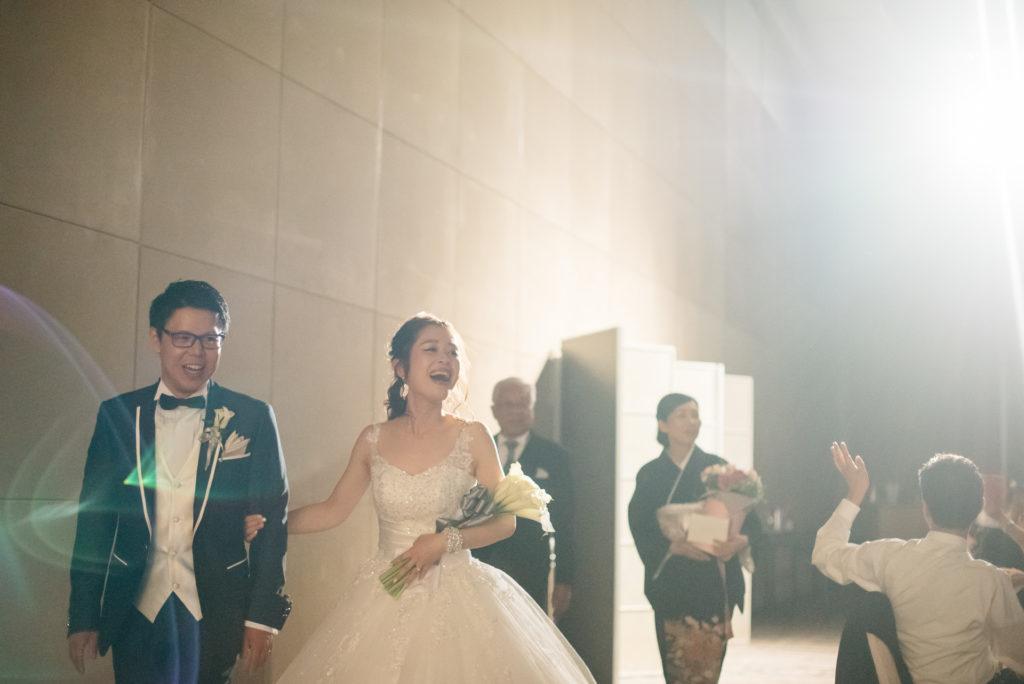 結婚式の写真撮影 セルリアンタワー 披露宴 退場